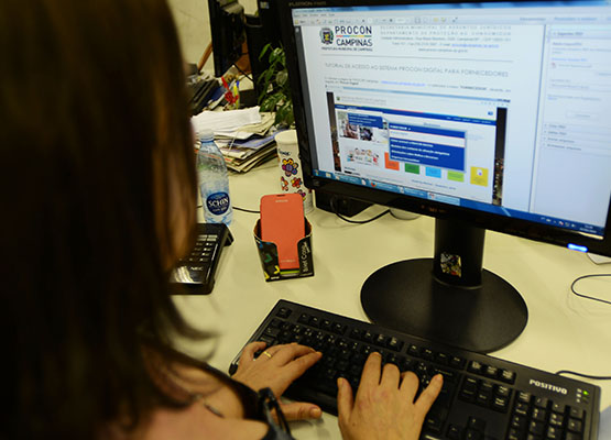 Código de Defesa do Consumidor é alterado e empresas devem imprimir nova versão
