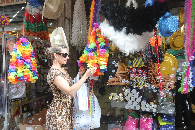 4 maneiras diferentes do varejo aproveitar o Carnaval