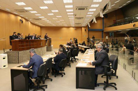 Câmara aprova PL que proíbe limitar valor em pagamentos com cartões e cheque