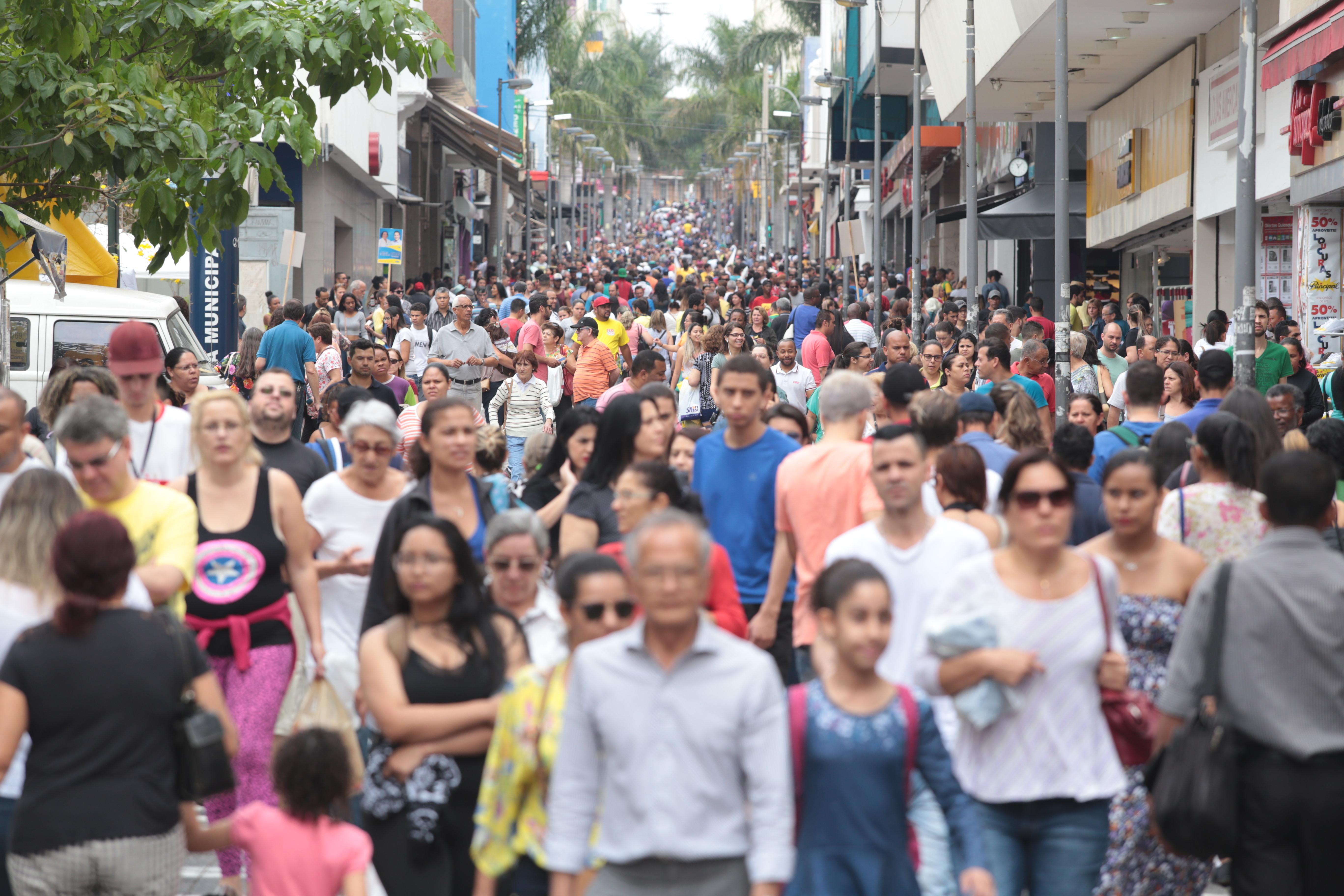 Faturamento do varejo da região deve crescer 9% em junho, mês do Dia dos Namorados