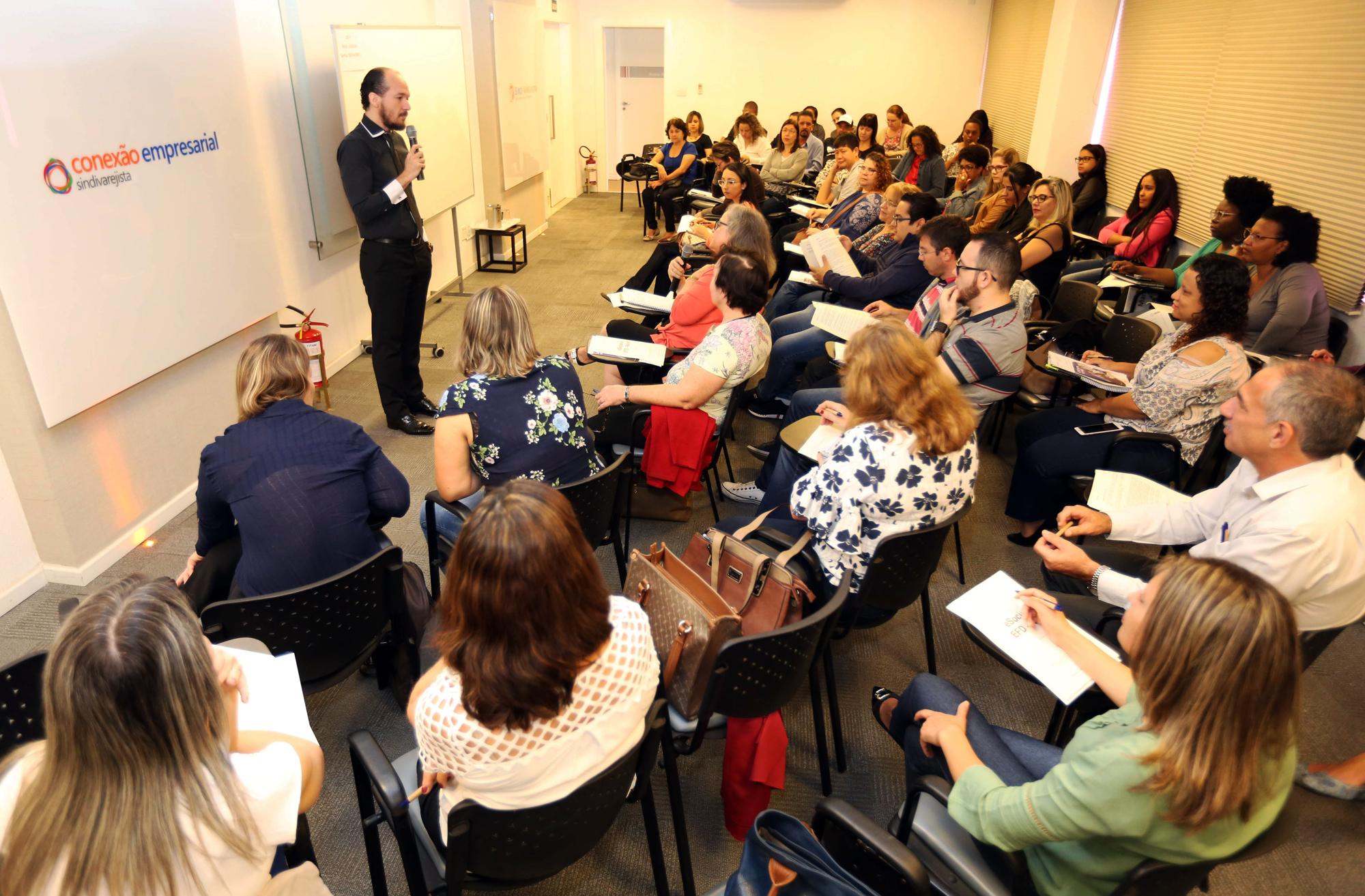 """Inscrições abertas para 2ª turma do curso """"eSocial e EFD – Reinf"""""""