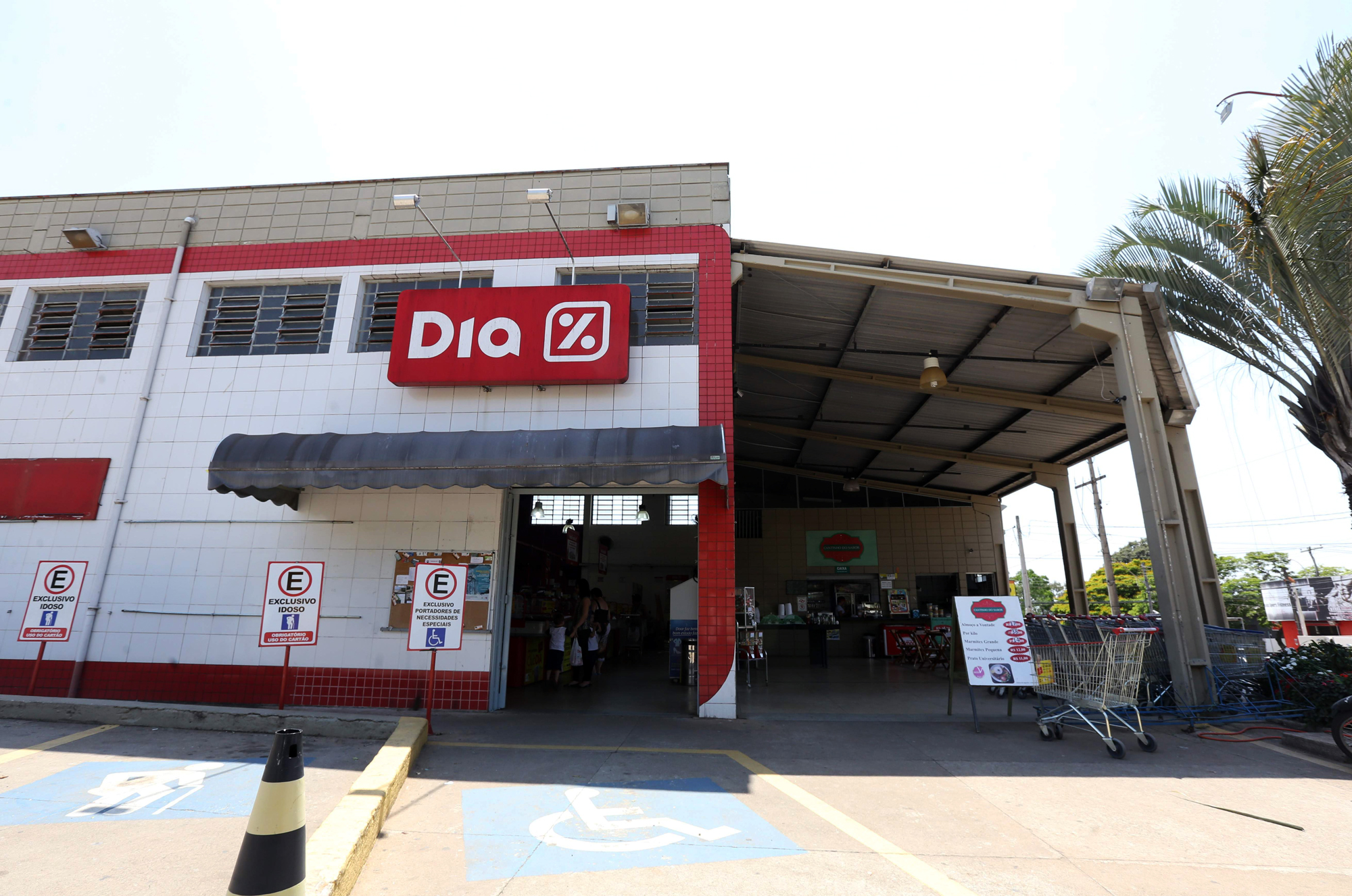 Empresário economiza 19% em impostos ao aderir à ação do SindiVarejista