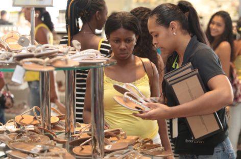 Comércio varejista na região de Campinas abre 754 vagas em agosto