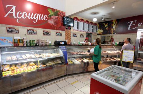 PL quer que açougues e supermercados façam placa com nome do frigorífico